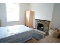 FURNISHED DOUBLE ROOM TO RENT IN WESTBOURNE ARCADE - BH4 - ALL BILLS INCLUDED - NO DEPOSIT TO PAY