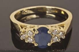 14k/ct Yellow Gold sapphire ring. Weight 4.5g, size N.5-O