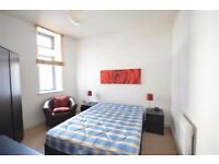 Stunning Single/Double rooms available