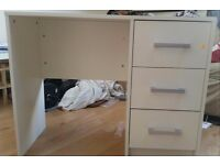 Small white desk (collection only)
