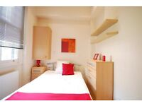 Modern 2 bedroom apartment in the heart of Chelsea. Available Immediately