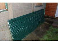 6 sturdy metal green fencing