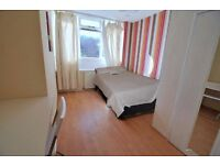 MASSIVE DOUBLE ROOM FOR SINGLE USE IN CROSSHARBOUR 150 PW BILLS INC
