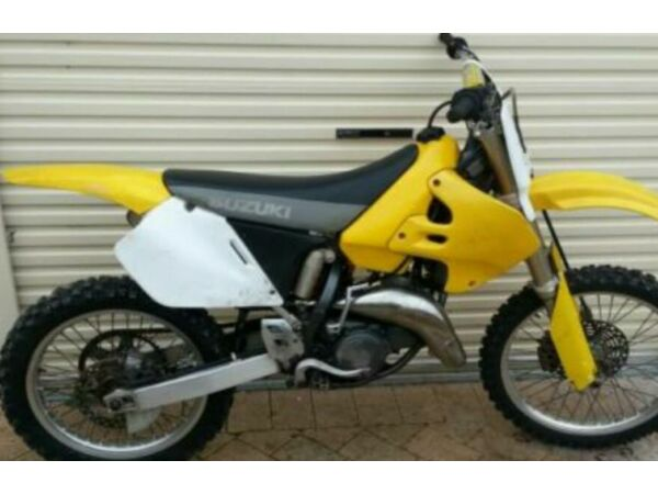2000 Suzuki