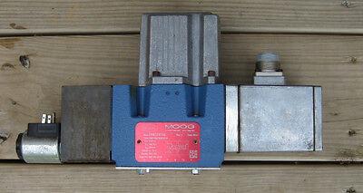 Moog D66124756 Proportional Directional Valve Netstal 963.364.8028 Revision J