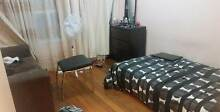 1 bed room available to share in Glenhuntly residence area Glen Huntly Glen Eira Area Preview