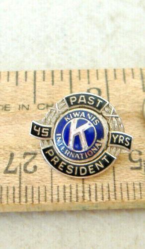 PAST PRESIDENT ~ 45 YRS ~ KIWANIS INTERNATIONAL ~ TIE TACK PIN
