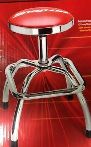 SNAP ON shop stool