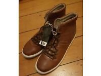 Mens hi top casual shoes boots size 12 new brown