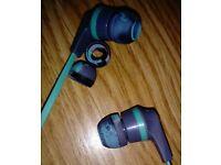 Skullcandy in ear headphones