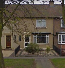 3 Bedroom - Mid Terrace House RENT- £550 P/M