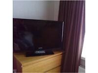 SAMSUNG 32 INCH HD TV - MINT CONDITION! BARGAIN!