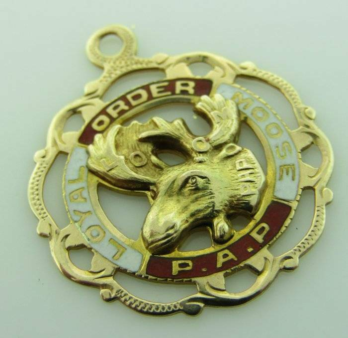 Loyal Order of Moose 14k Yellow Gold Enamel Pendant Charm 1201200