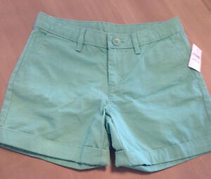 Gap girls size 10 shorts - new with tags London Ontario image 1