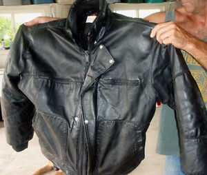 Lined leather jacket for motorcycle or snowmobiling
