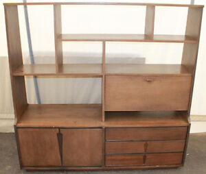 Mid Century Hutch / Shelving Unit with Mirrored Bar