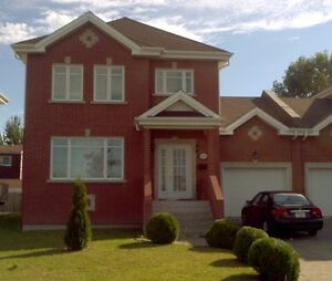 Brossard: Nouvelle maison a louer / New house for rent