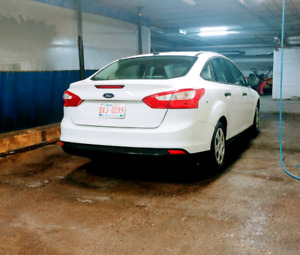 2012 Ford Focus like new only 48km
