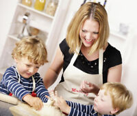 FULL/PART TIME NANNIES NEEDED