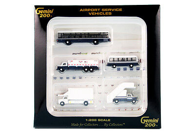 Gemini Jets 1/200 Scale Airport Service Vehicles G2APS450