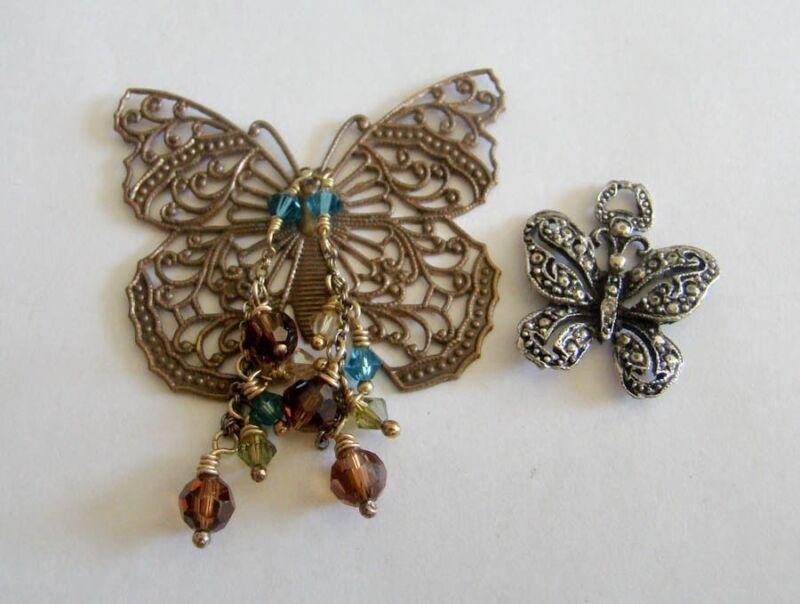 2 Butterfly Jewelry Beads Craft Pendants