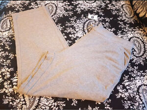 New with tags ladies Gap sweatpants