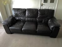 2 seater and 3 seater brown leather sofa's for sale.