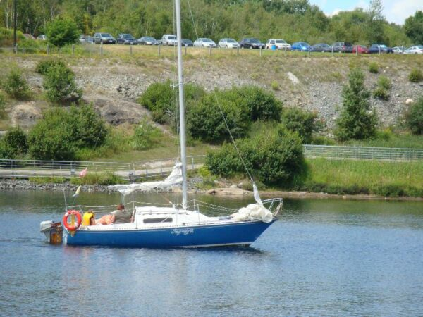 Used 1976 Other CS22 Sailboat