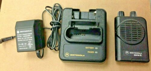 Motorola Minitor 4, Minitor IV, Pager, #A03KUS7238BC, 1 Frequency, Charger VHF