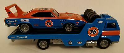 2020 Hot Wheels Team Transport Union 76 1970 SUPERBIRD & Hauler on Real Riders