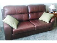 Large Brown Leather 2-seater Settee / Sofa