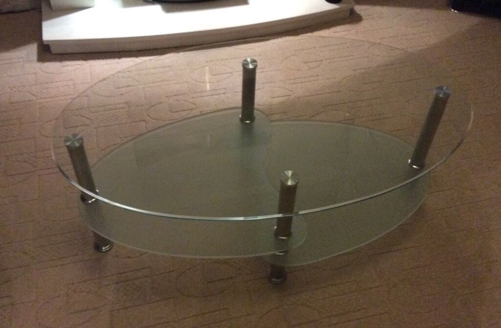 Glass coffee table in cumbernauld glasgow gumtree for Coffee tables gumtree