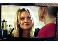 """New! PANASONIC VIERA TX-40DS500B Smart 40"""" LED TV Only 260 (RRP-399 at Currys)"""