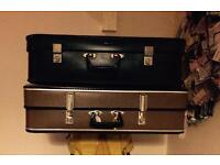 Two vintage suitcases. £10 for the both!!