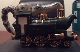 Ceramic collectible Steam Train Teapot Ltd Ed 221/2000