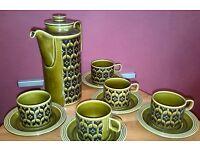 HORNSEA RETRO VINTAGE HEIRLOOM COFFEE SET - 1 X COFFEE POT + 5 X CUPS + SAUCERS