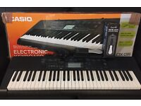 Electronic Keyboard Casio CTK-2300 + Sustain Pedal