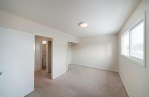 Family Townhouses Close to Southgate Mall! Edmonton Edmonton Area image 2