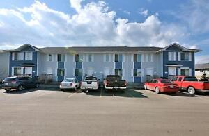 Southview Townhouse - Free May Rent!