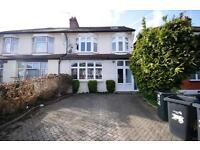 5 bedroom house in Sittingbourne Avenue, Enfield