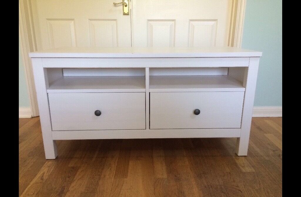 ikea hemnes tv stand white stain free delivery in holloway london gumtree. Black Bedroom Furniture Sets. Home Design Ideas