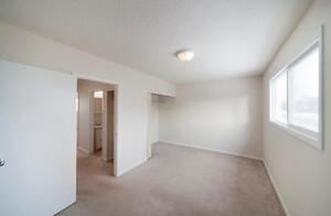 RENT A 3 BEDROOM FOR THE PRICE OF 2 - Family Townhome Close... Edmonton Edmonton Area image 3