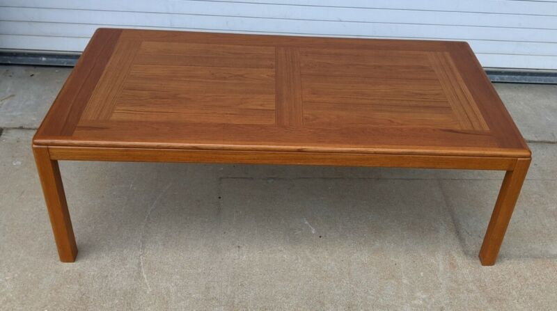 Vintage Mid Century Danish Modern - Laurits M Larsens - Teak Coffee Table (1)