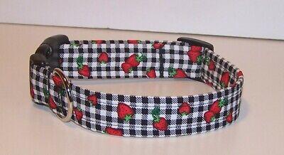 Dog Collar Berry (Wet Nose Designs Fancy Berry Plaid Dog Collar Strawberry Black & White Plaid )