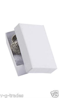 Lot Of 50 Solid White Print Cotton Filled Jewelry Gift Boxes 2 12 X 1 12 Box