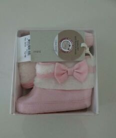 Baby girls pink peak shoes/boots size 6-9 and 9-12 available NEW