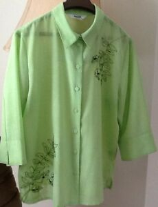 3 TOPS in great condition $5-$10 see all pics  GREEN WITH BLACK