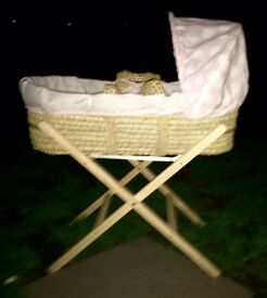 Clair de lune girl Moses basket and stand