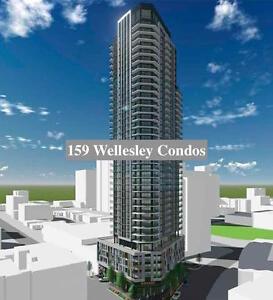 159SW Condominium Walking distance to Eaton Centre