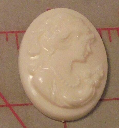 "4 Large European Vintage Oval Bone Plastic Resin Cameos 1-1/2"" x 1-1/8"""